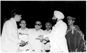 Late Gyani Zail Singh, then President of India releasing Mahamati Prannath in 1983 (Photo courtesy, Anant Pai)